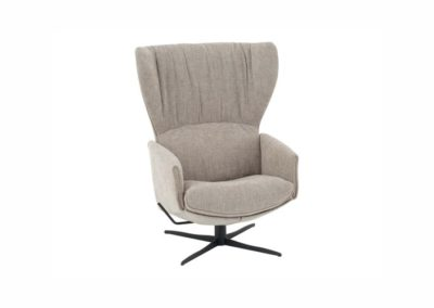 Jori - Model: Rapsody Lounge